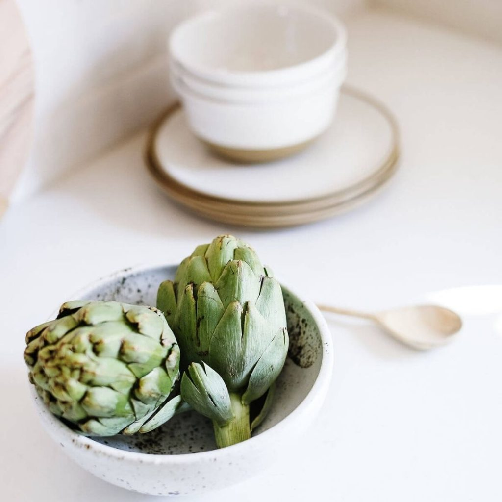 Artichokes are food for healthy skin.